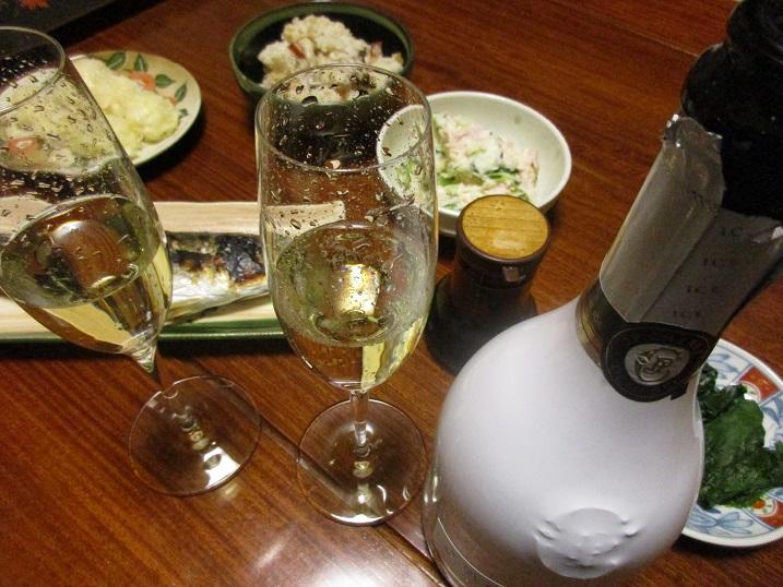 結婚記念日に家で乾杯!